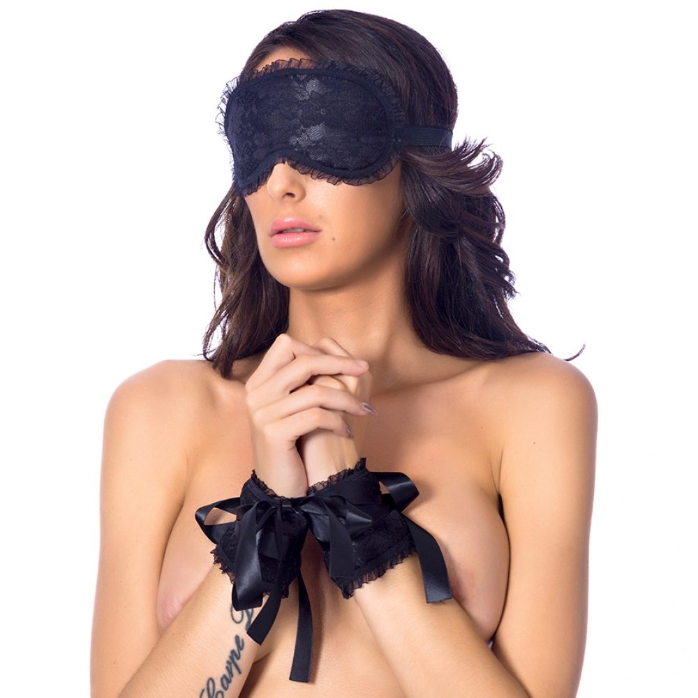 mask-satin-cuffs